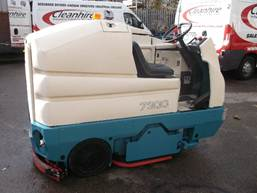 Tennant 7300 Large Heavy Duty Ride on Scrubber Dryer