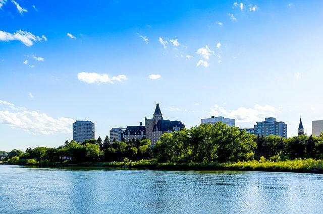 Saskatoon skyline window cleaner post image