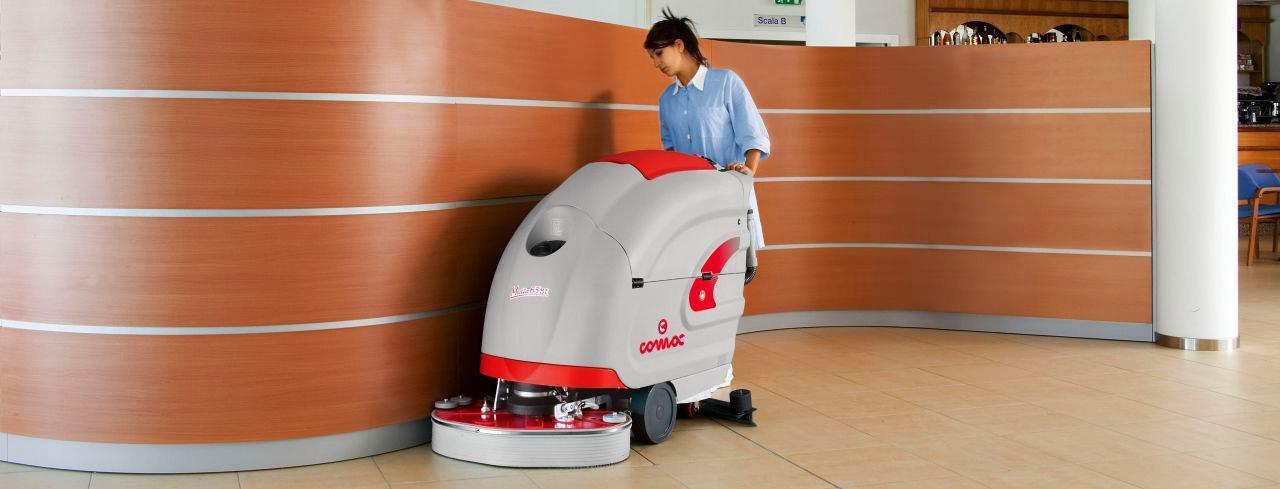 Comac cleaning machine